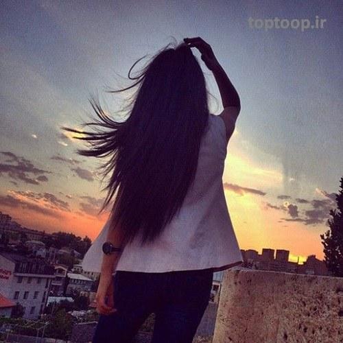 عکس پروفایل دخترانه اینستاگرام از پشت سر با موهای باز کرده