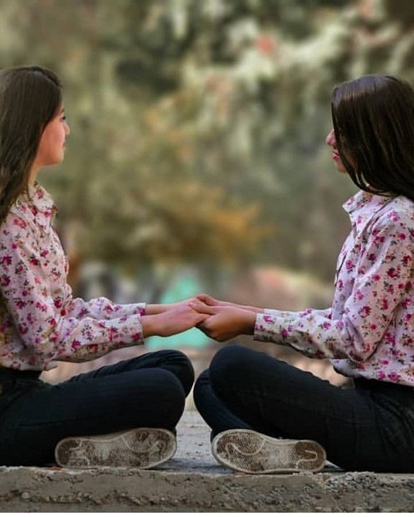 عکس ژست دختر ایرانی دو نفره