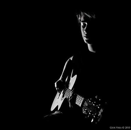 عکس پسرانه گیتار