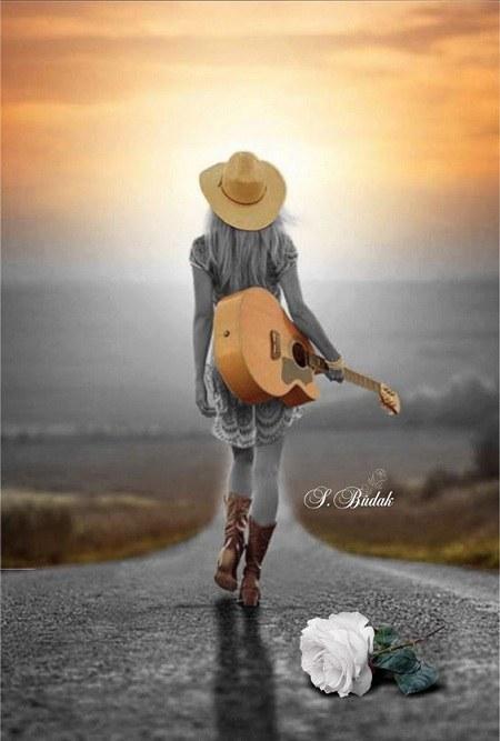 دخترونه گیتار