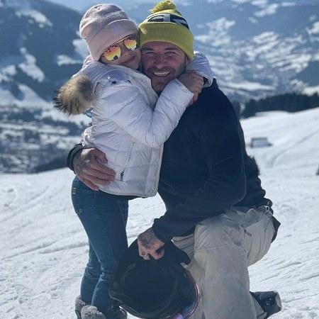 عکس دیوید بکهام و دخترش در روز برفی و زمستانی