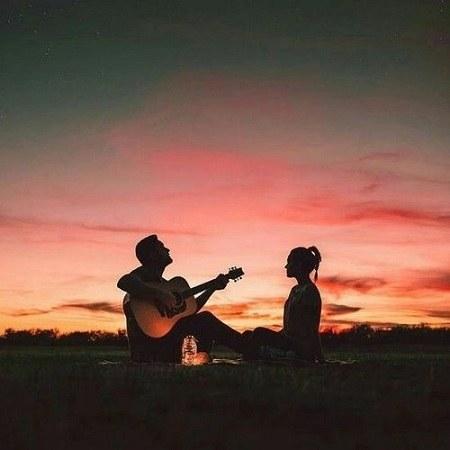 عکس عاشقانه گیتار برای پروفایل دختر و پسر