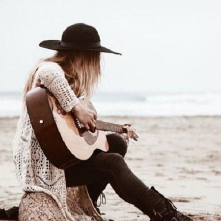 عکس دخترونه گیتار