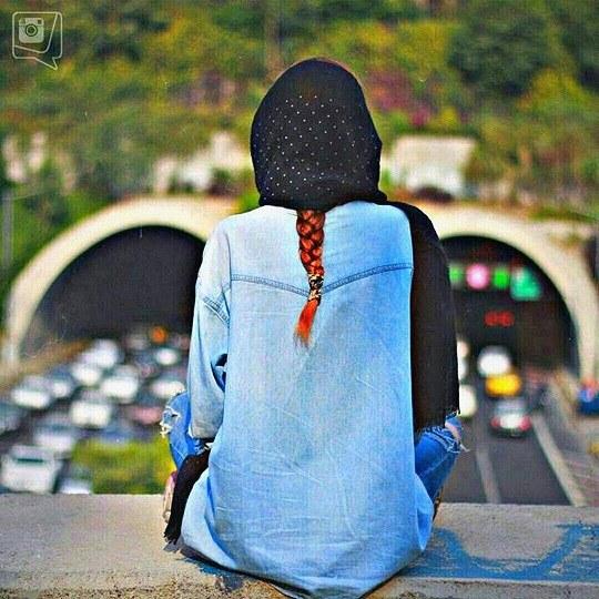 عکس دخترانه از زاویه پشت