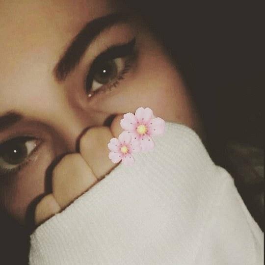 عکس بغض و اشک دختر واسه پروفایل دخترونه