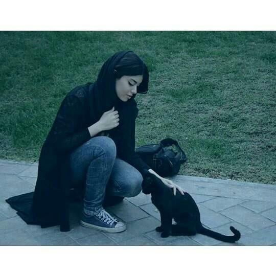 عکس دختر جیگر ایرانی طبیعی به نظر برسه برای پروفایل