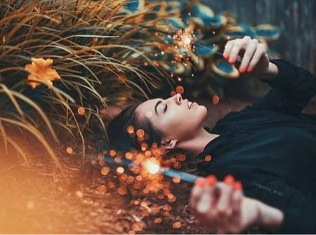 بگذار تا بخوابم دلم یک خواب عمیق میخواهد ، دوستدارم محو فکر و خیالت شوم