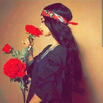 تصویر پروفایل عاشقانه از یه دختر تنها