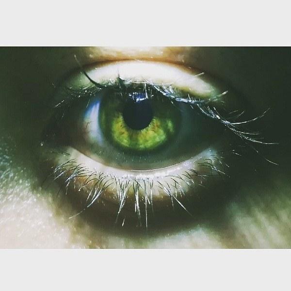 دختر چشم سبز خوشگل