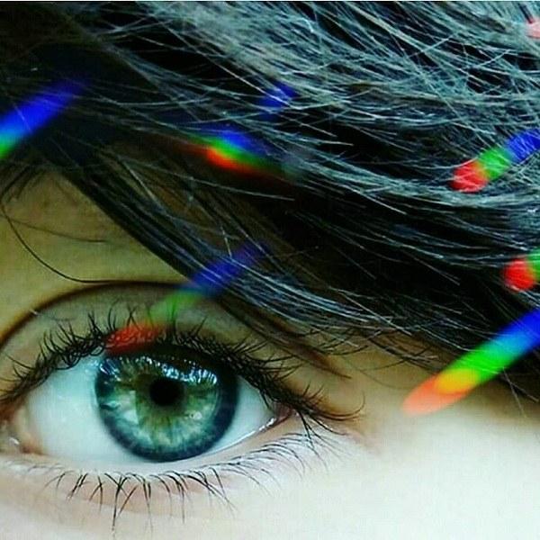 عکس دختر چشم سبز مو مشکی