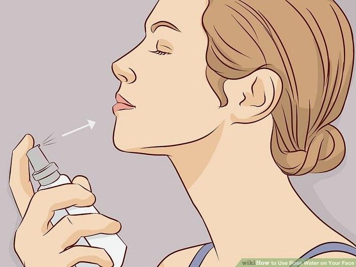 مرطوب کردن تمام پوست صورت با اسپری
