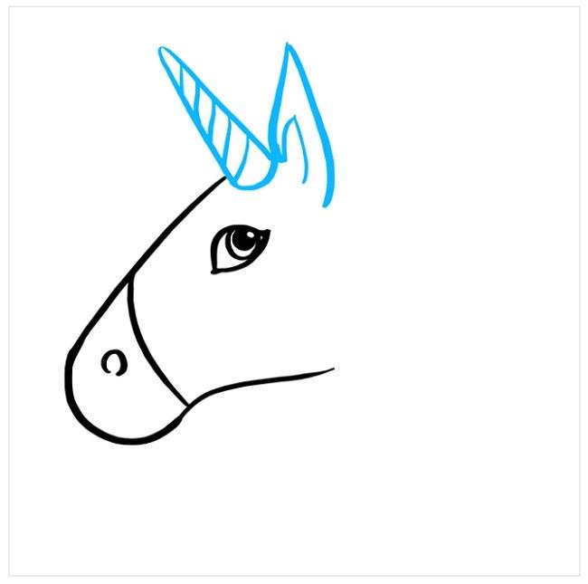 نقاشی کودکانه اسب شاخدار (3)