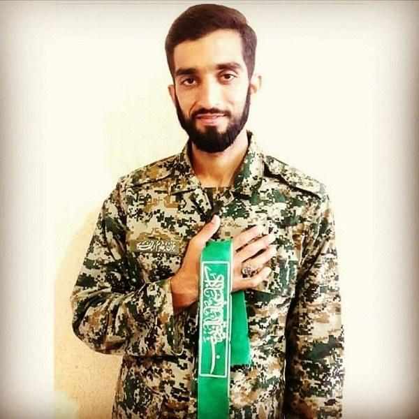 عکس شهید حججی با لباس نظامی