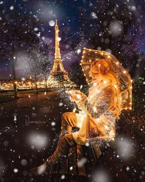 تصاویر برج ایفل در شب