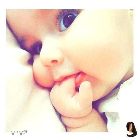 بچه ناز و تپل