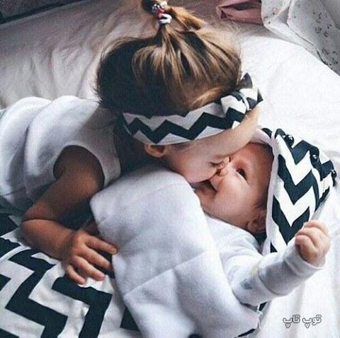 عکس بچه خوشگل آجی و داداشی