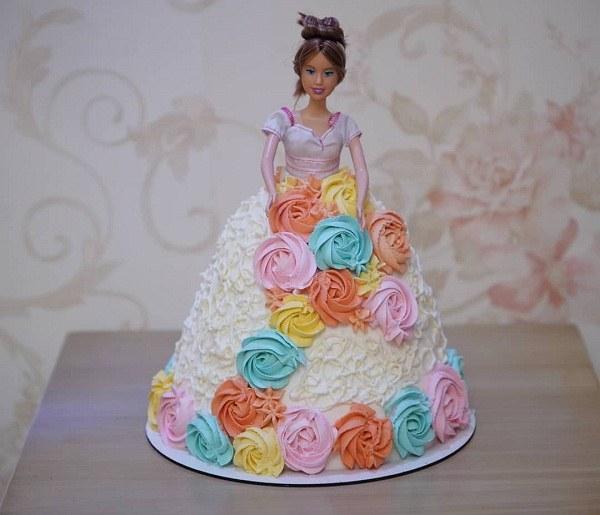 عکس کیک تولد دخترانه باربی