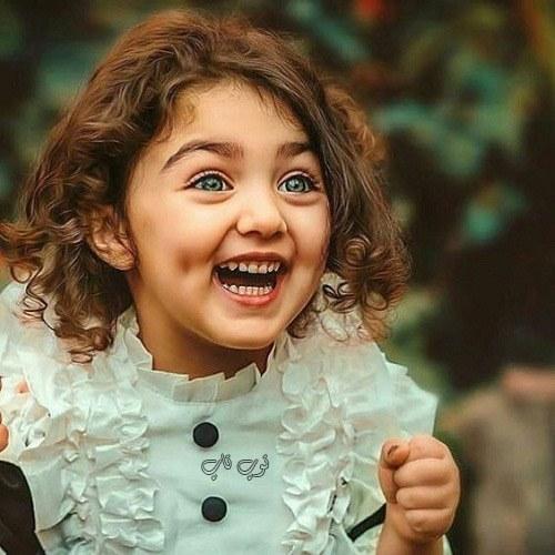 عکس دختر بچه خوشگل و شاد