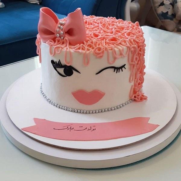 کیک تولد دخترونه چشمک زن