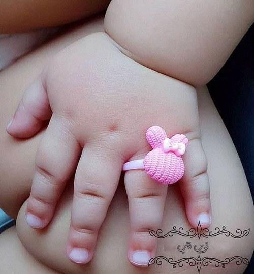 عکس دست و پای دختر کوچولو خوشگل