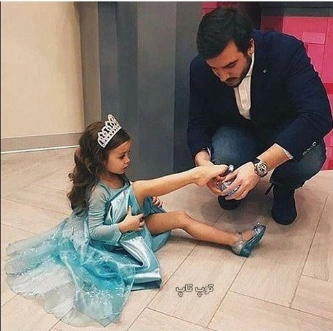 عکس دختر بچه کوچولو با باباش
