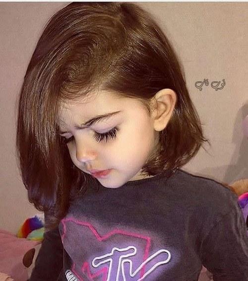 عکس دختر بچه ناز با مژه های بلند و خوشگل