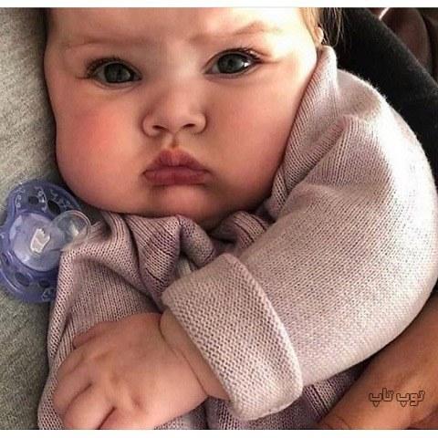 عکس بچه کوچولو خوشگل اخم کرده قهره