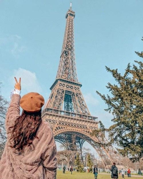 برج ایفل دخترونه برای پروفایل