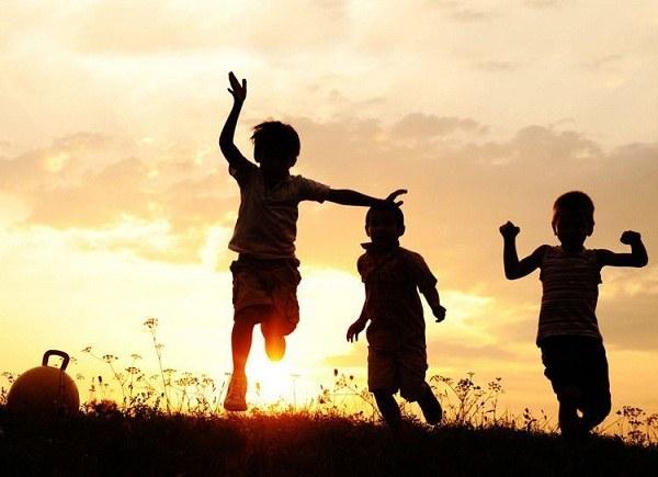 گلچین متن ها و جملات کوتاه و ناب راجع به دوران کودکی ام