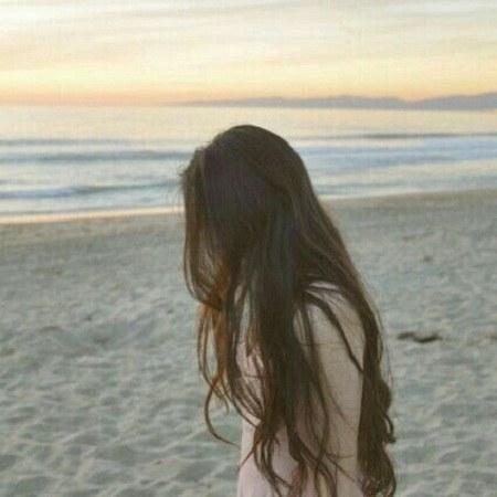 پروفایل دختر لب دریا