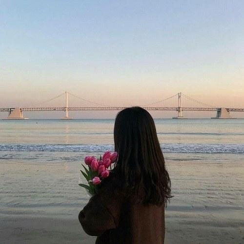 عکس پروفایل دخترونه کنار ساحل