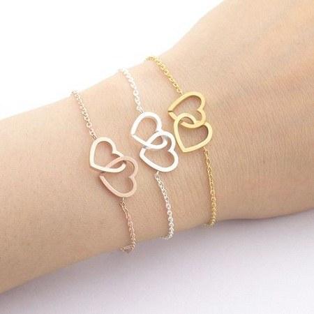 دستبند دخترونه طرح قلبی