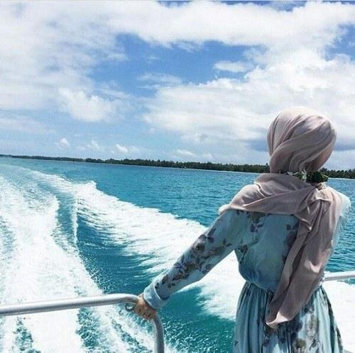 عکس پروفایل دخترونه باحجاب کنار دریا
