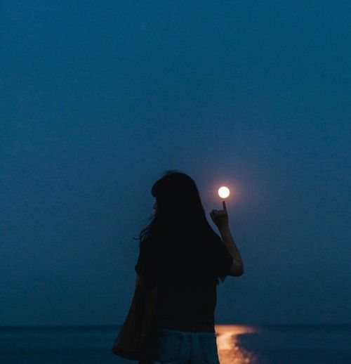 عکس پروفایل دریا و ماه