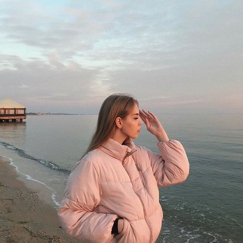 عکس پروفایل ساحل دریا و دختر زیبا