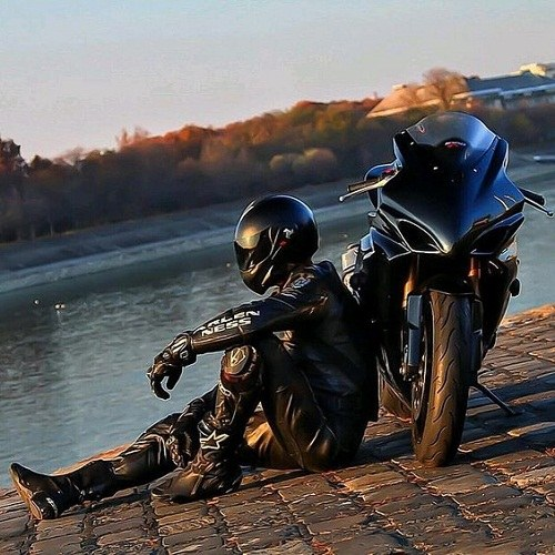 عکس های قشنگ موتور سوار پسرانه
