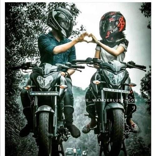 عکس پروفایل موتور سواری عاشقانه و دونفره