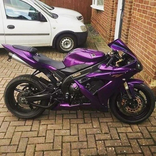 عکس پروفایل موتور سیکلت بنفش