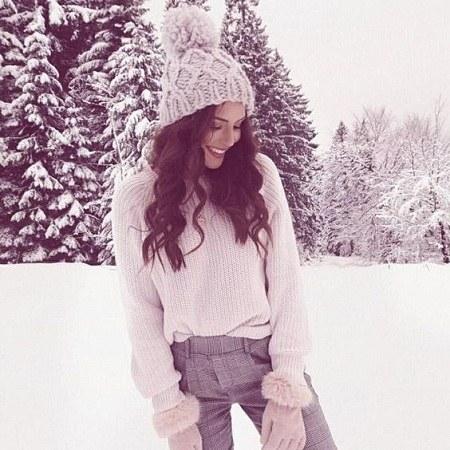 عکس پروفایل دخترونه واتساپ زمستانی زیبا