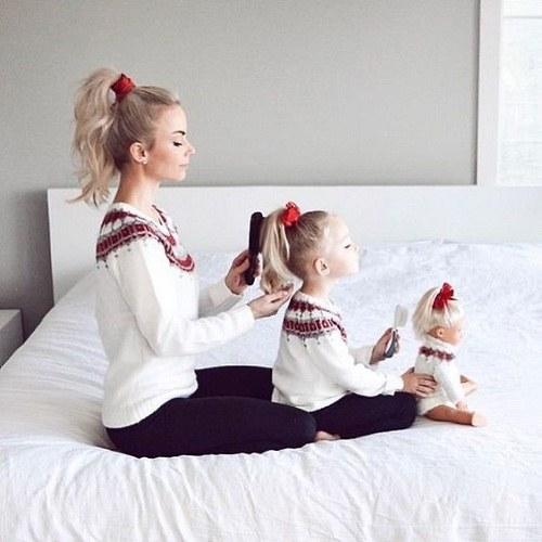 پروفایل مادر دختری زیبا