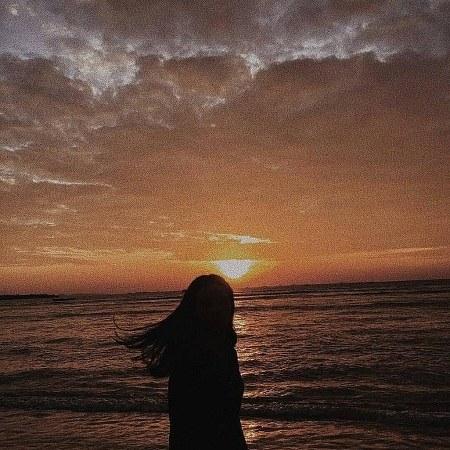 پروفایل دخترونه غروب دریا و خورشید