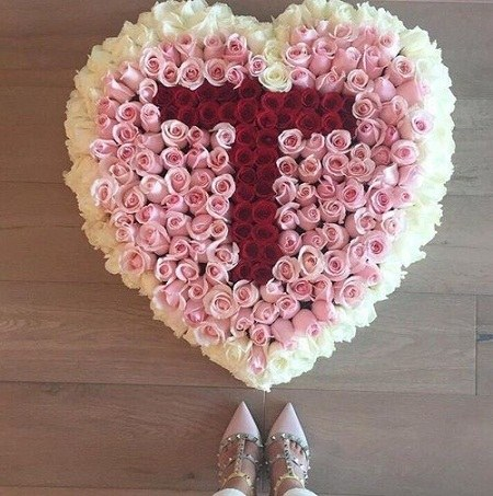 عکس حرف t با گل