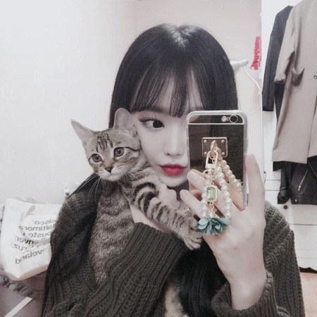 عکس دختر کره ای با چشمانی زیبا