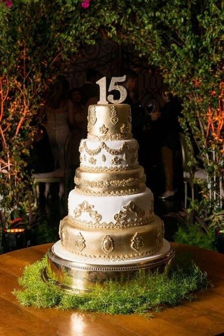 عکس کیک تولد 15 سالگی پسرانه