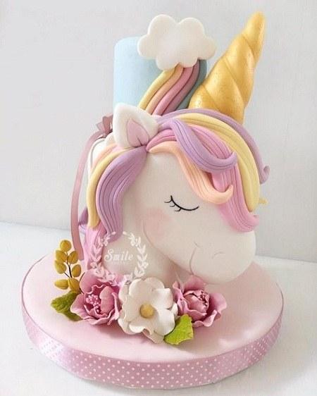 کیک تولد یکسالگی اسب تک شاخ