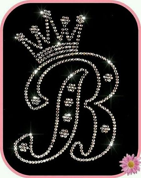 عکس حرف انگلیسی B به شکل تاج پادشاهی