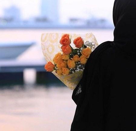 عکس دخترانه گل بدست